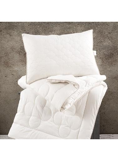 Marie Claire Yorgan-Tek Kişilik Leo Pamuk Yorgan 155*215 Cm Beyaz Beyaz
